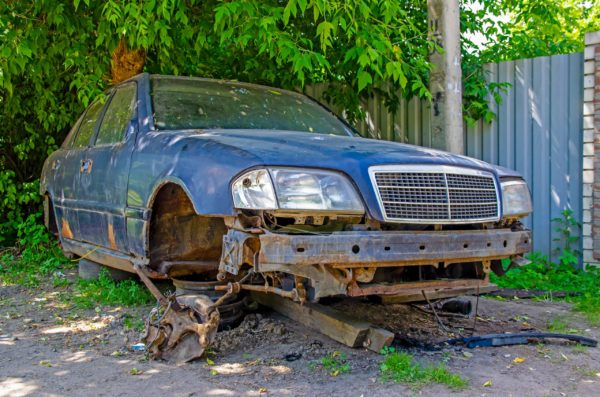 Junk car in need of free junk car removal services